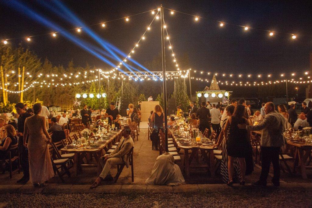 Kampüste düğün